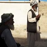 Taliban Militanları Parmak Kesiyor