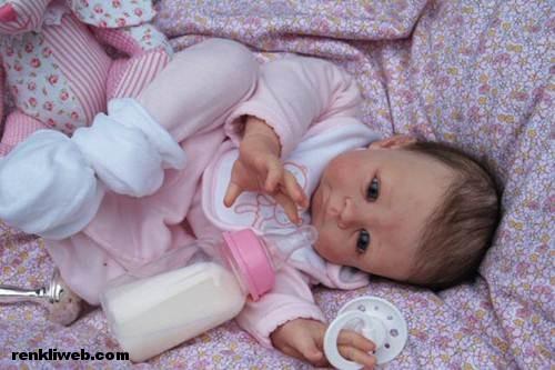 Gerçek Gibi Zamane Oyuncak Bebekler 8