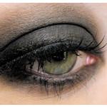 Dumanlı Göz Makyajı Yapmanın Püf Noktaları