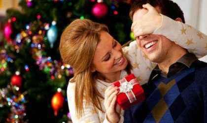 Erkek sevgiliye nasıl hediye alınır?