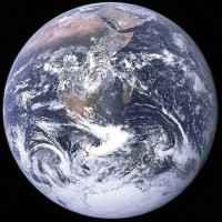 Dünya neyin etkisiyle döner?