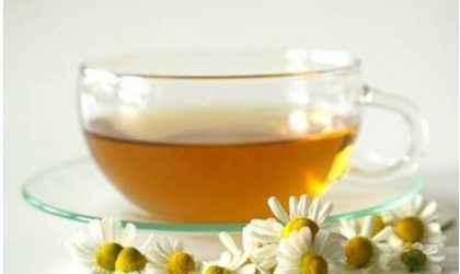 Depresyona İyi Gelen Çay: Papatya Çayının Faydaları ve Kullanımı