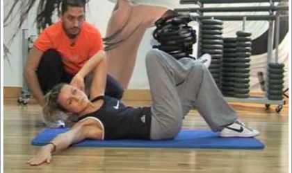Yan Karın Kaslarını Çalıştıran Egzersizler ve Hareketler (Videolu)