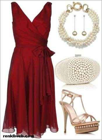 Şarap rengi kısa elbisenin altına ne renk ayakkabı giyilir?