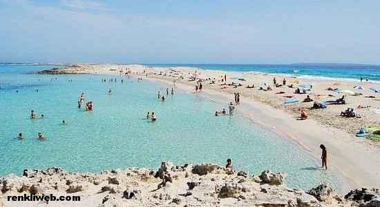 Playa de Ses Illetes, İspanya