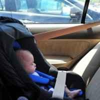 Bebekler Arabada Nasıl Oturtulur?
