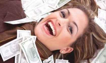Kadınlar Evden Çalışarak Nasıl Para Kazanabilir?