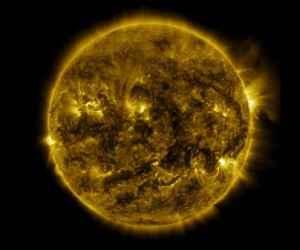 NASA Güneşin 1 Yıllık Hareketini 6 Dakikalık 4K Videoda  Gösterdi!