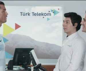 Türk Telekom Cristiano Ronaldo GİGA 4.5G Reklamı İzle