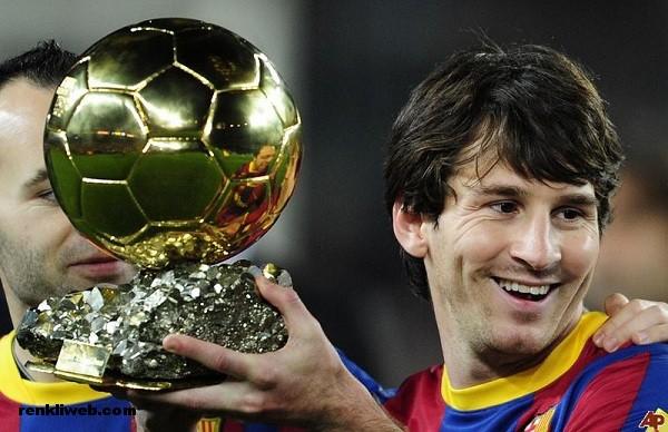 Lionel Messi 9