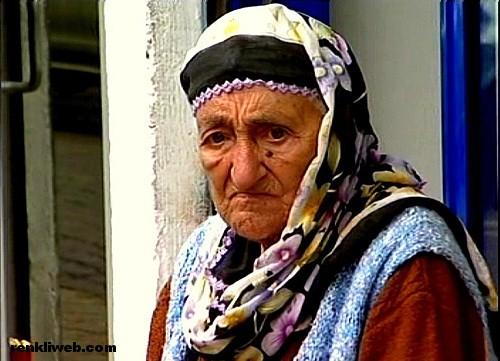 anne, nine, nene, büyükanne